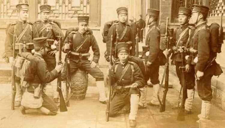 Fantassins japonais pendant la révolte des Boxers